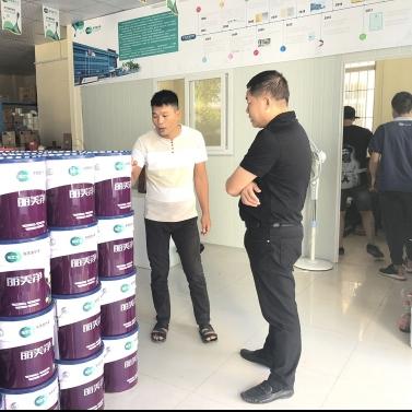 东艺宝董事长视察中山专卖店强调聆听合作伙伴意见